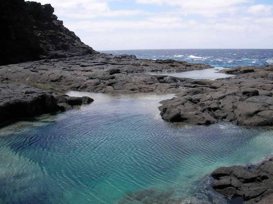 piscinas-naturales-de-los-charcones-ocio-lanzarote